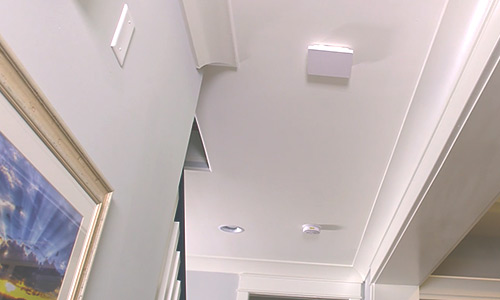 500 series Araknis wap sits on ceiling of residential location