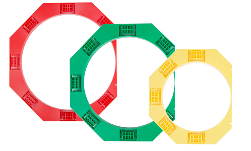 Red, green and yellow round brackets
